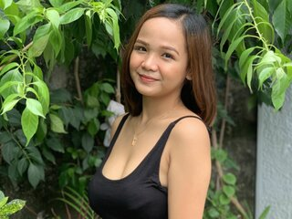Online shows TinaHernandez